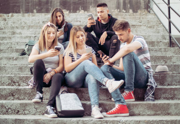 Les gens obsédés par leurs Smartphones - Photo