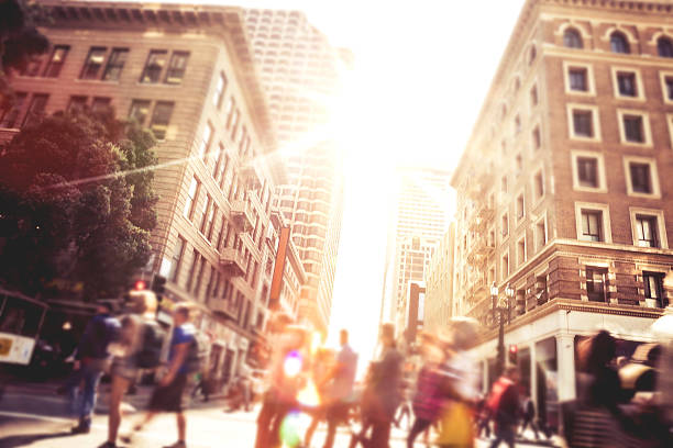 people on street of downtown san fransisco - tall high stock pictures, royalty-free photos & images