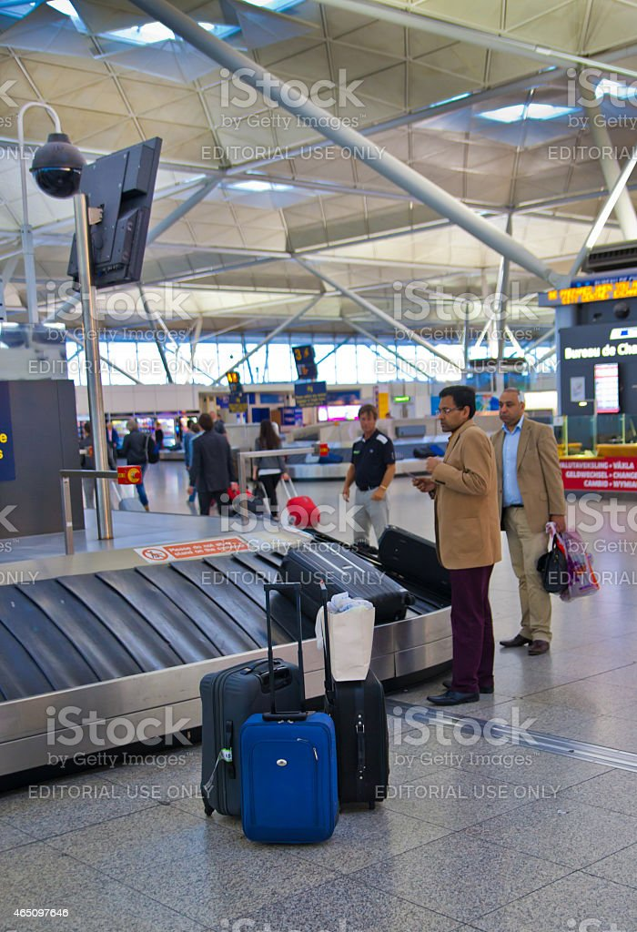 stansted airport check in luggage