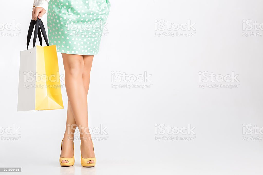 people, sale, black friday concept - woman with shopping bags foto stock royalty-free