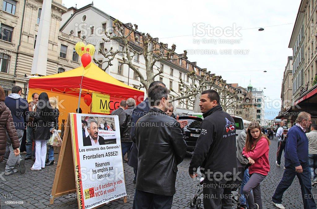 Menschen sprechen politic in Genf, Schweiz. – Foto