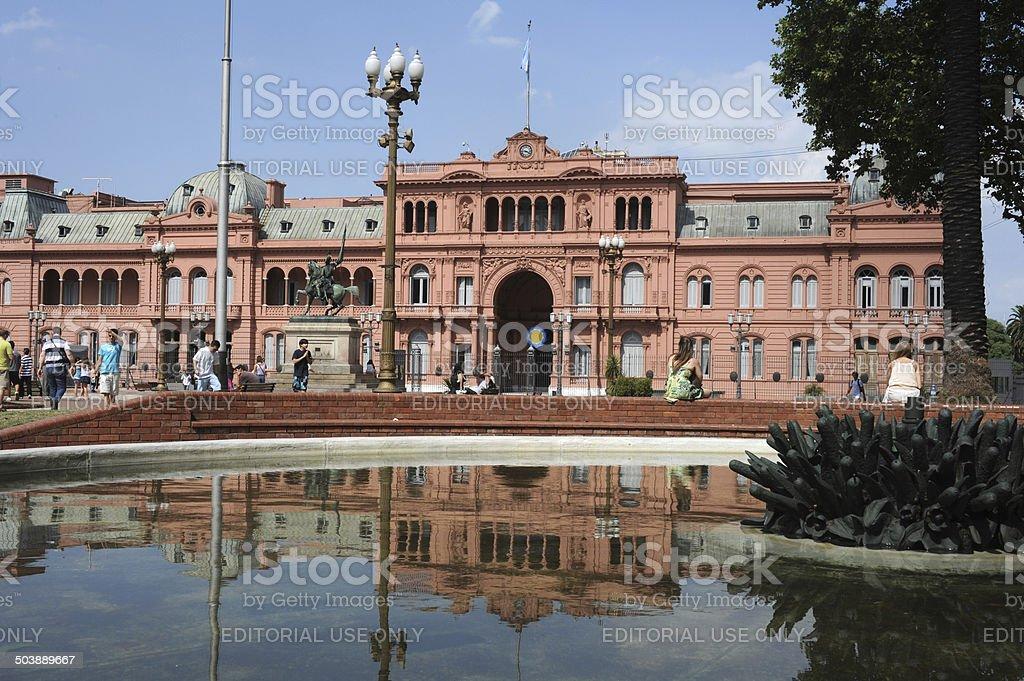 People visiting Plaza de Mayo in front of Casa Rosada stock photo