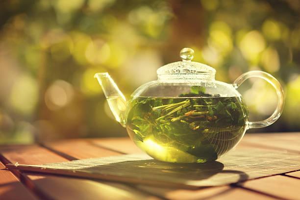 mięta pieprzowa herbata ziołowa - herbata ziołowa zdjęcia i obrazy z banku zdjęć