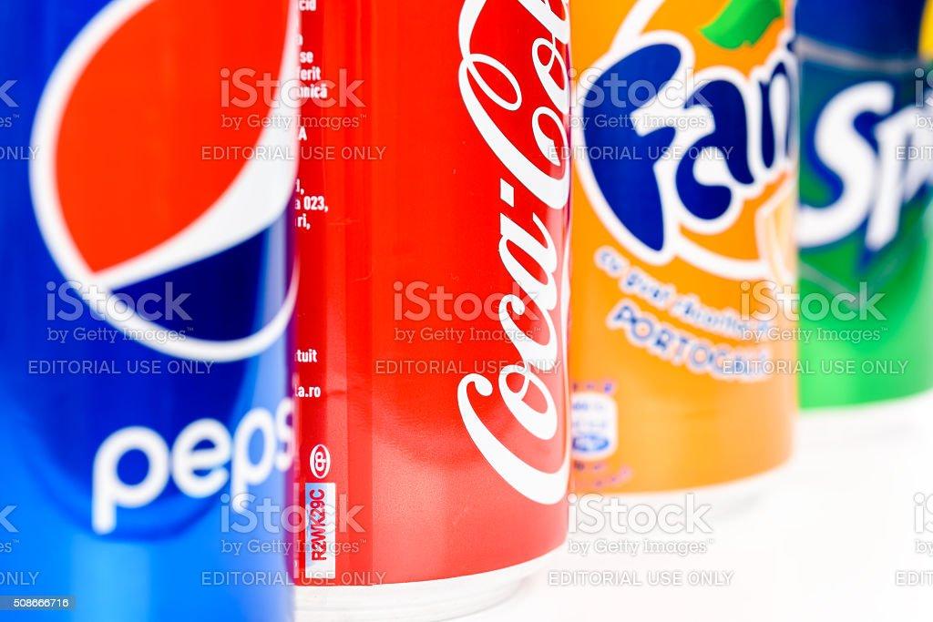 Pepsi, Coca-Cola e Fanta refrigerante bebidas - foto de acervo