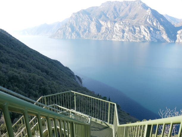 Percorso Busatte Tempesta Lago di Garda Percorso Busatte Tempesta Lago di Garda percorso stock pictures, royalty-free photos & images