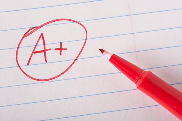 perfect grade with pen - examensresultat bildbanksfoton och bilder