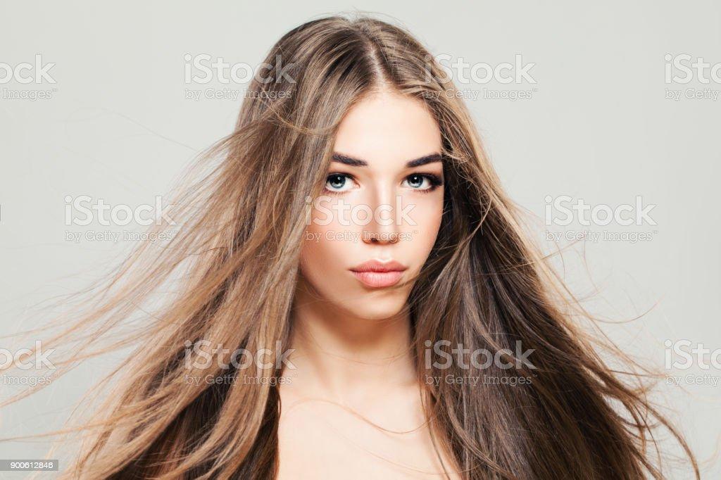 Perfektes Modell Frau Mit Haar Weht Junge Frau Mit Langen Gesunden