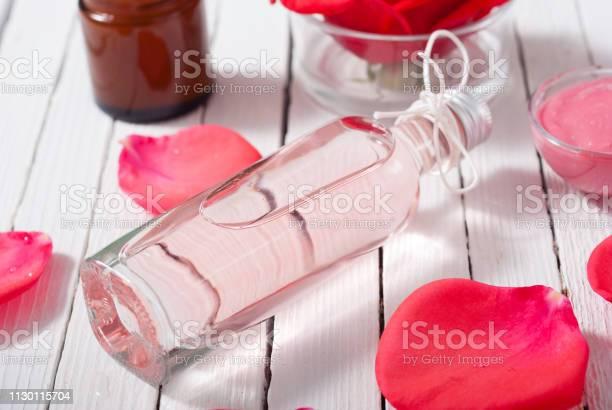 Perfume cosmetics rose petals picture id1130115704?b=1&k=6&m=1130115704&s=612x612&h=n4yngefskmtno4ym1dyjj4kihrh3dmvwncs9vsdbj9w=