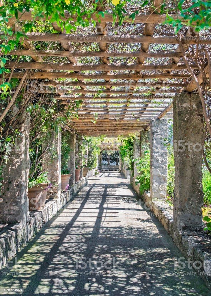 """Restaurant """"Pergola"""" - Lizenzfrei Alpes Maritimes Stock-Foto"""