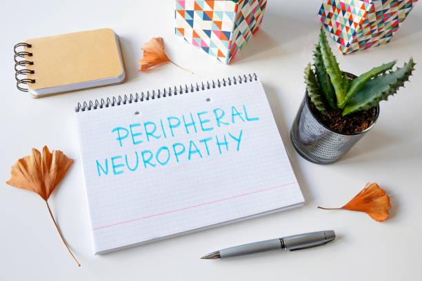 periphere neuropathie, geschrieben in einer arbeitsmappe - arzt zitate stock-fotos und bilder