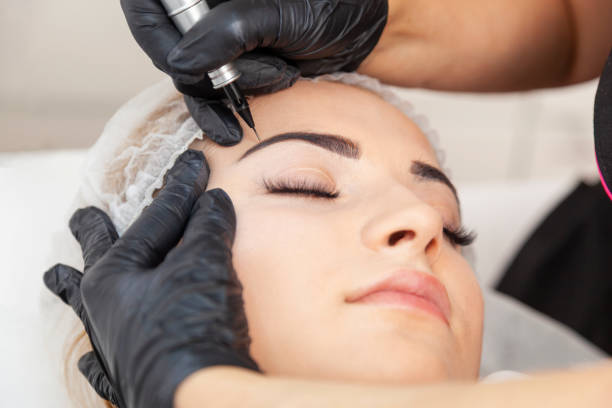 Permanent Makeup Permanent makeup - treatment in a beauty salon eternity stock pictures, royalty-free photos & images