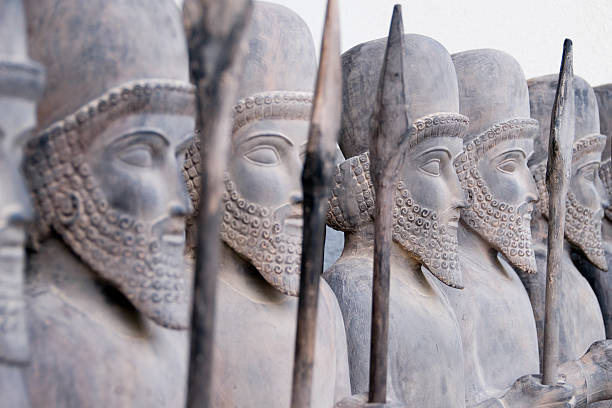 persian warriors in line - empire stock pictures, royalty-free photos & images