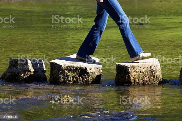 Drei Stepping Stones Stockfoto und mehr Bilder von Aktivitäten und Sport
