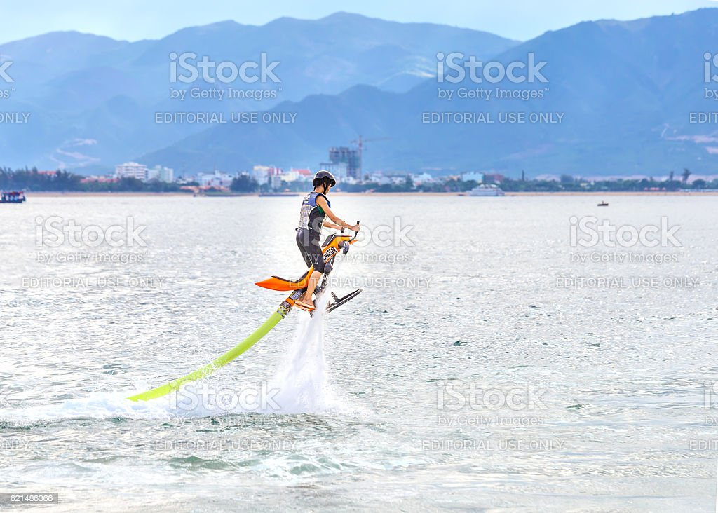 Person on the river doing the new extreme water sport photo libre de droits