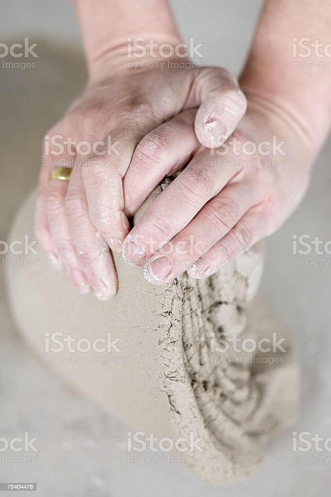 Person working with clay foto de stock royalty-free