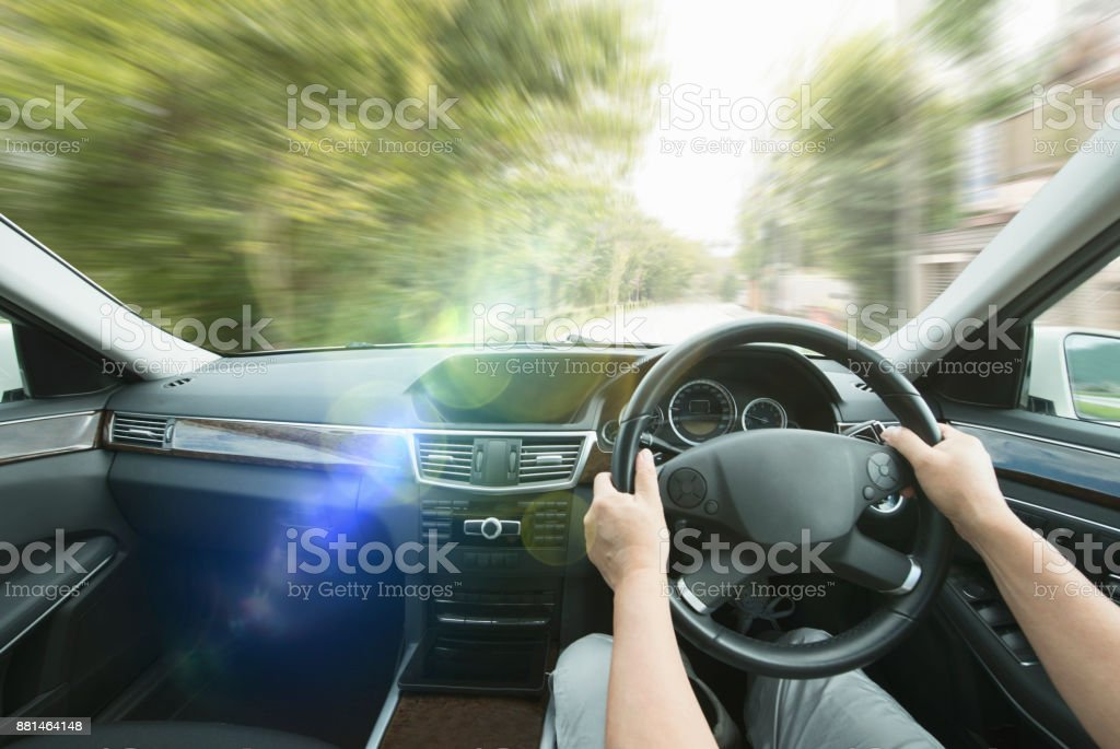 個人的な観点 - 車の運転 ストックフォト