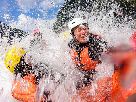 istock Personal point of view of a white water river rafting excursion 994263866