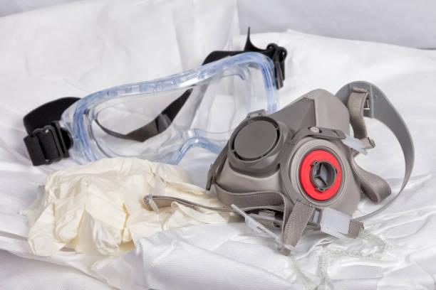 personal protective equipment to paint - indumento sportivo protettivo foto e immagini stock