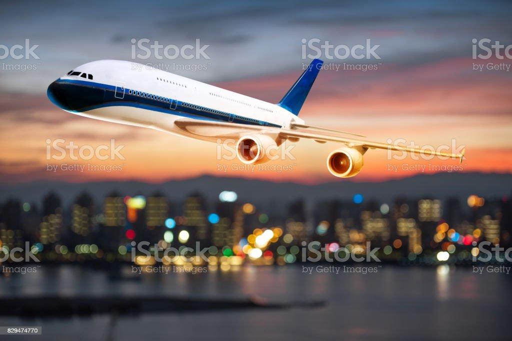 vue en perspective d'avion de ligne en vol avec fond bokeh - Photo