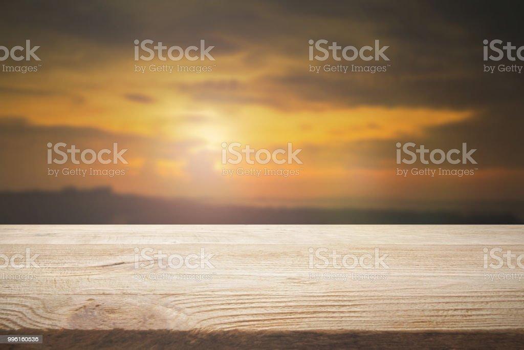 Perspective bois plancher brun couleur texture avec flou fond de