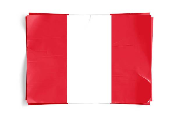 Bandera de Perú en los carteles de pantalón arrugado papel desmenuzado - foto de stock