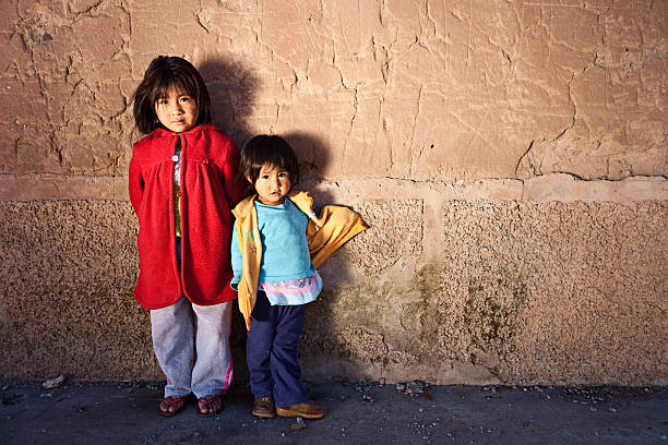 peruvian girls, chivay, peru - peruvian ethnicity stock pictures, royalty-free photos & images