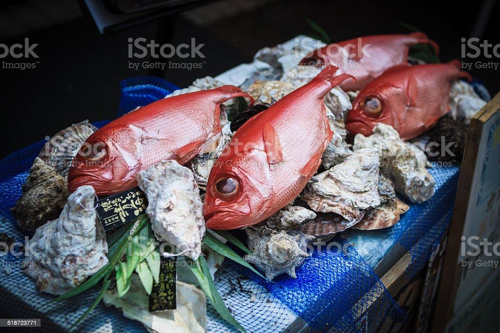 Pesce al mercato - foto stock