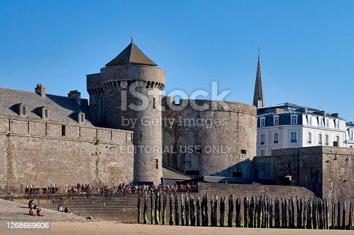 istock Petit Donjon and the Tour Quic-en-Groigne of the castle of Saint-Malo 1268669606