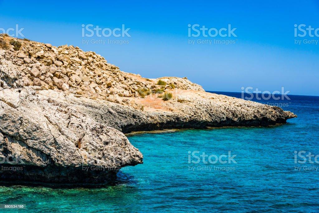 Petra recorra Romiou, lugar de nacimiento de afrodita en de Pafos, Chipre - foto de stock
