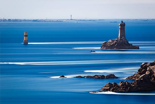 Phare de la Vieille au Point du Raz de Bretagne, en France - Photo