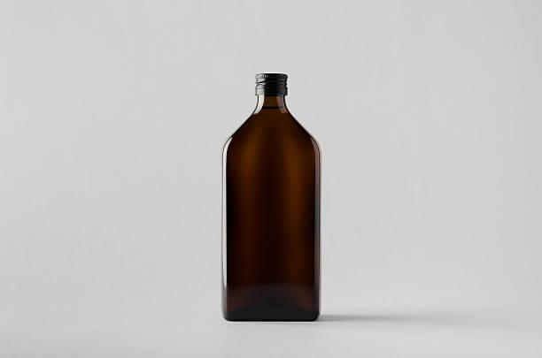 pharmaceutical bottle mock-up - braunglasflaschen stock-fotos und bilder