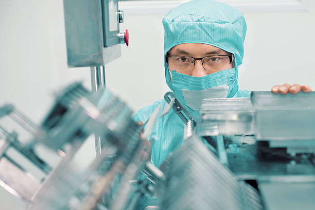 Pharmazeutische Fabrik Arbeiter – Foto