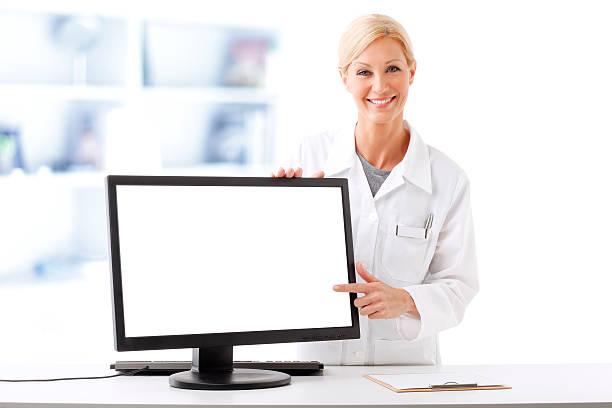 Cтоковое фото Фармацевт, работающих