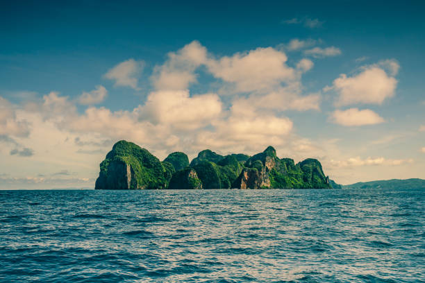 phi phi le, krabi, thailand point of view - stranded stock pictures, royalty-free photos & images
