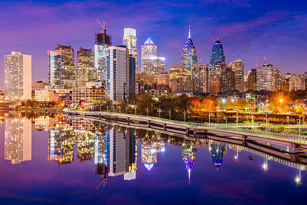 philadelphia, pennsylvania skyline - philadelphia skyline stock photos and pictures