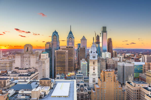 philadelphia, pennsylvania, usa skyline at center city - philadelphia skyline stock photos and pictures