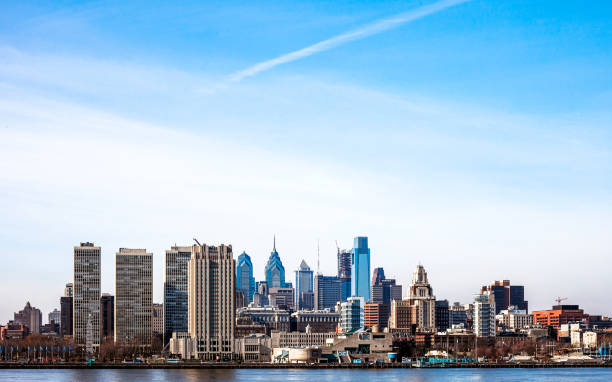 philadelphia skyline. - philadelphia skyline stock photos and pictures