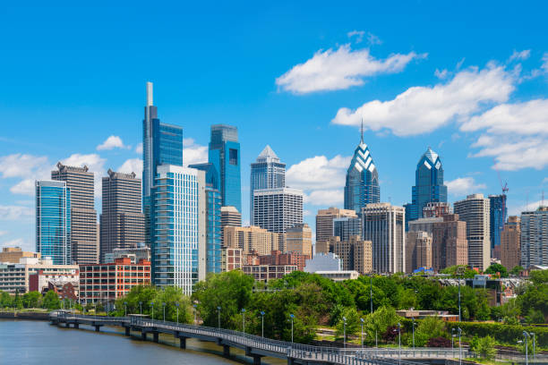 philadelphis - philadelphia skyline stock photos and pictures