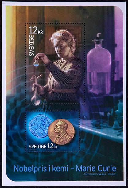 philately-schwedische retro-briefmarken - berühmte physiker stock-fotos und bilder