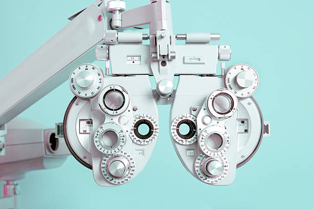phoroptor close up - optometrist stock pictures, royalty-free photos & images
