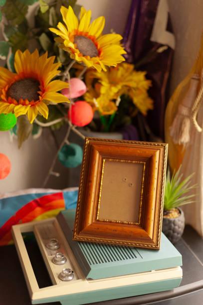 marco de la foto, bodegones, vintage, retro, hogar, decoración interior. - foto de stock