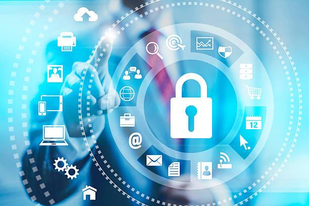 foto eines mannes auswahl internet security-optionen - kalender icon stock-fotos und bilder
