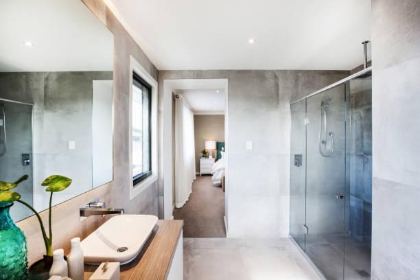 Foto eines Ensuite Badezimmers – Foto