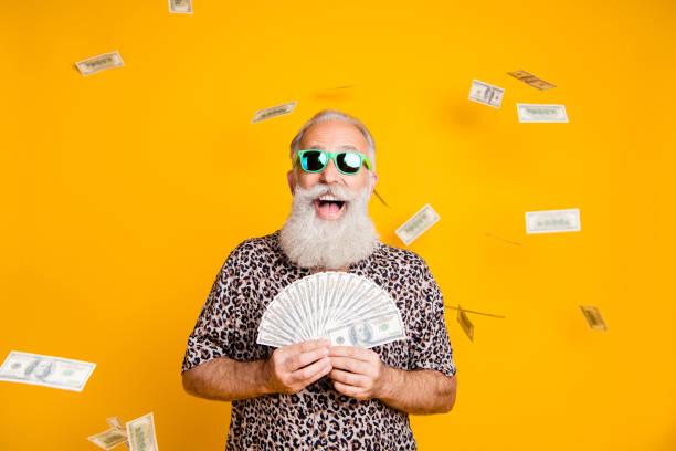 Photo of elderly old confident rich man holding banknotes in his and picture id1174134540?b=1&k=6&m=1174134540&s=612x612&w=0&h=n9mu8stplrc 69t9e2xh7v0g1ojxj9iau9gfqdazu8u=