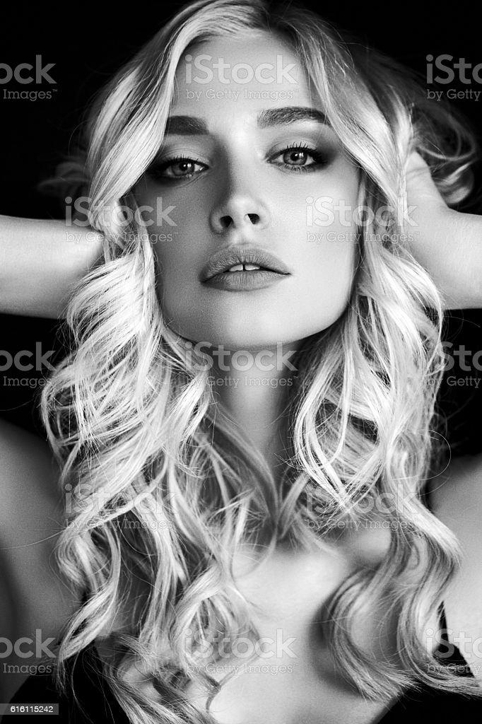 Foto des jungen schönen Frau – Foto