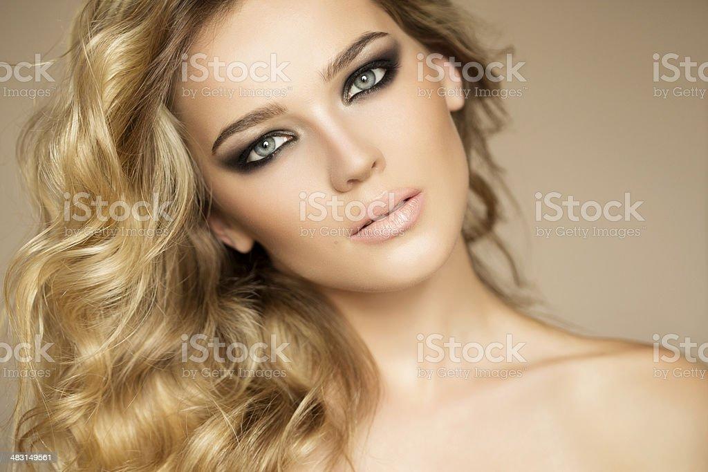 Foto-Schuss von junge schöne Frau – Foto