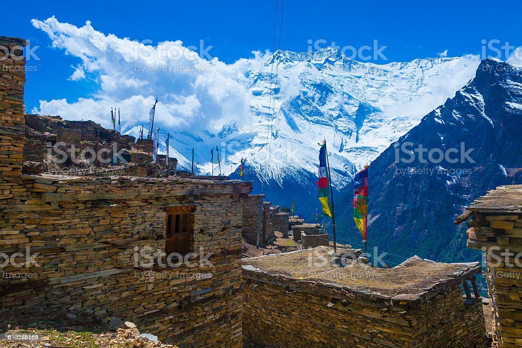 Photo Trakking Himallaya Vilage Path.View Snow Nepal Mountans Background stock photo