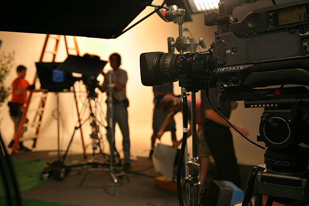 photo tv studio crew with camera - performing arts event stock pictures, royalty-free photos & images