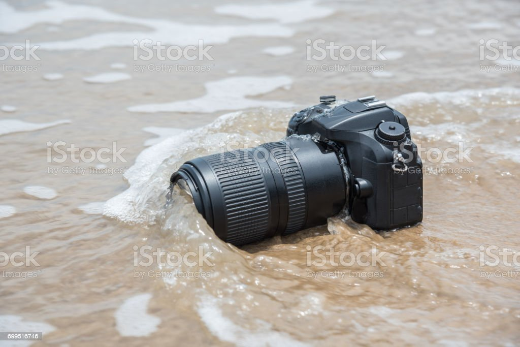 Photographer Demo Waterproof For Dslr Camera And Tele Lens By Wet