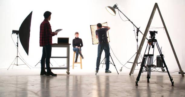 Photographer in the studio picture id1091237140?b=1&k=6&m=1091237140&s=612x612&w=0&h=uwi vz7yx2 j7d9kaxwprdq5b bywqihayx 0xleroc=